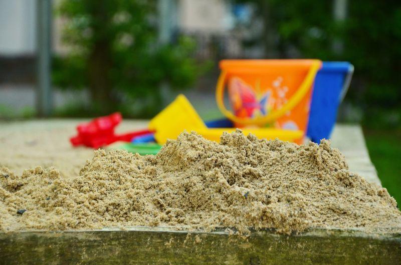 tipps im sand spielen sandkasten sandkiste. Black Bedroom Furniture Sets. Home Design Ideas