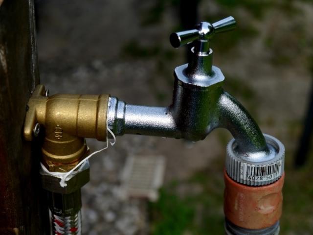 Anleitung zum wasserhahn im garten installieren